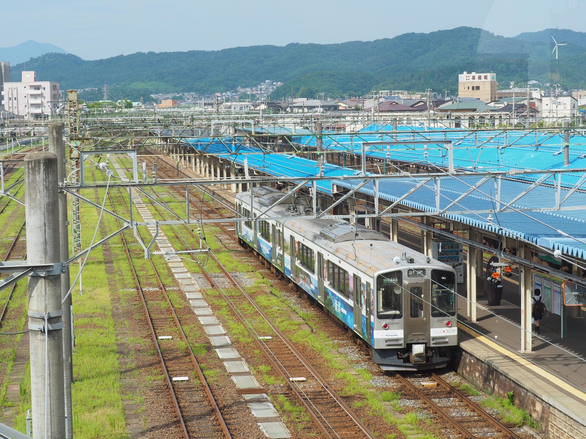 えちごトキめき鉄道の直江津駅